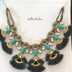 Stella and Dot Lotus Tassel Necklace
